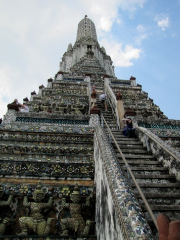 Steep climb at Wat Arun