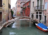 Ponte Chiodo - The bridge with no parapet - unique in Venice