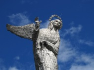 Virgin del Panecillo