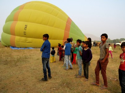 Balloon ride in Jaipur. The local kids come out for all the launches.
