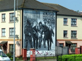 Mural commemorating Bloody Sunday, Derry